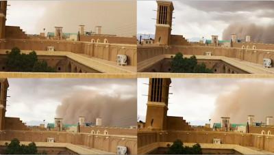 Vier Bilder eines aufkommenden Sandsturms über einer Festung